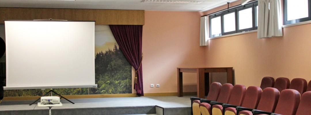 Salão Polivalente - Centro Sénior Associação Lar Emanuel